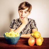 Junk food vs healty food — Stock Photo