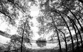 Wide angle shot of Island lake — Stock Photo