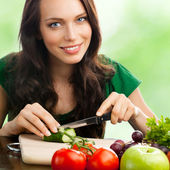 Woman with vegetarian food, outdoor — Stock Photo