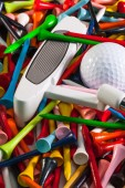Various wooden golf tees and golf equipments — Stock fotografie