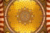 Interior en la Basílica católica de Notre Dame De La Garde. — Foto de Stock