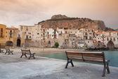 Sunrise in Cefalù, Sicily, Italy. — Stock Photo