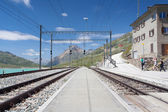On the railway station in Alpine landscape,Switzerland — Stock Photo