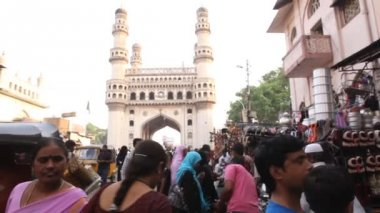 Street market Charminar, Hyderabad — Stock Video