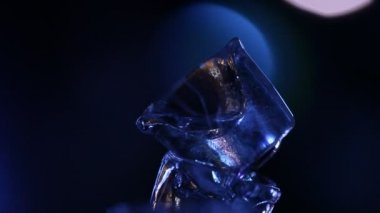 Closeup of Ice cubes in the pub — Stock Video