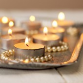 Candles on the tray — Stock fotografie