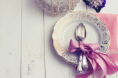 Empty plate on wooden background — Stock Photo