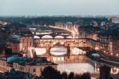 Arno River and bridges Ponte Vecchio — Stock Photo