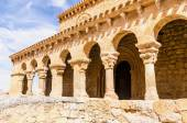 Colonnato romanico — Foto Stock