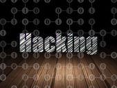 Conceito de proteção: Hacking em quarto escuro grunge — Fotografia Stock