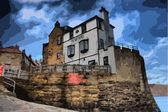 The hotel at the sea shore in robin hoods bay uk — Stock Photo