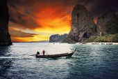 Beautiful sea scape wood boat of Railay bay krabi southern of th — Stock Photo