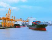 Comercial ship with container on shipping port for import export — Stock Photo