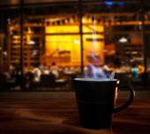 Hot coffee cup on wood table in coffee cafe shop use for food an — Stock Photo