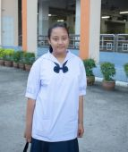 Portrait of female thai high school student in uiform — Stock Photo