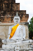 Old  Buddha statue in temple — Stock Photo