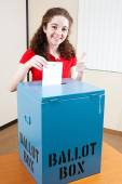 Pretty Teen Voting — Stock Photo