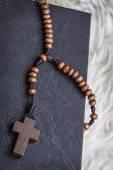 Christian cross necklace on Holy Bible book, Jesus religion conc — Foto de Stock