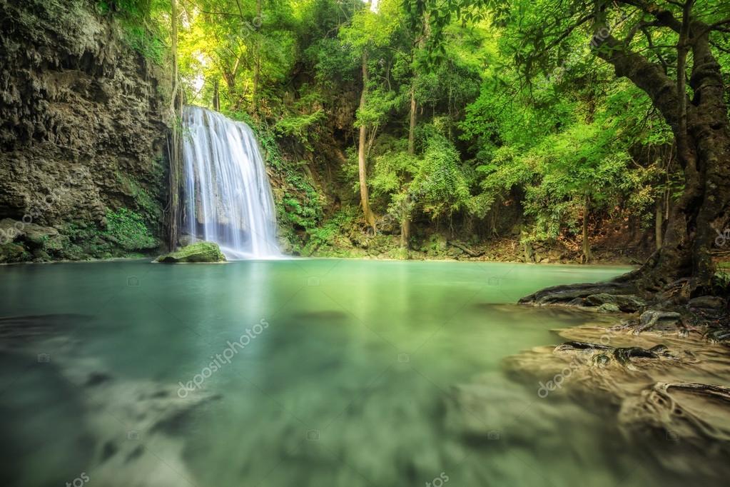 Фотообои Waterfall beautiful (erawan waterfall)