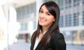 Business woman in modern environment — Stock Photo