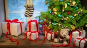 Enjoy your Christmas in rural cottage — Stock Photo
