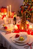 Kerstavond diner voor het hele gezin — Stockfoto