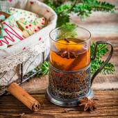 Sweet tea and gingerbread for Christmas — Stock Photo