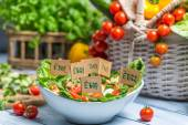 Healthy salad made of vegetables with no preservatives — Stock Photo