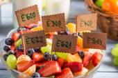 Closeup of fresh fruit salad with no preservatives — Stock Photo