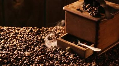 Freshly roasted and brewed coffee — Stock Video