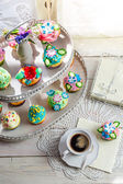 Sweet cupcakes with sweet decoration — Stock Photo