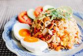 Delicious Thai fried rice — Stock Photo