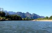 Song river at Vang Vieng, Laos — Stock Photo
