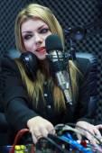 Beautiful Woman Recording Sound In Media Studio — Stockfoto