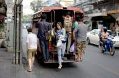 Lokale bus in Bangkok, Thailand — Stockfoto