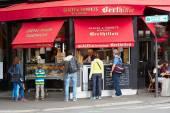 Berthillon famous ice cream shop in Paris — Stock Photo