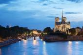 The Cathedral of Notre Dame de Paris in the evening — Stock Photo