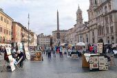 Piazza Navona est une des places plus célèbres de Rome — Photo