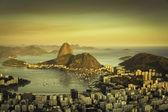 Beautiful sunset over Rio de Janeiro Botafogo Bay, Brazil — Stock Photo