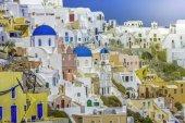 Amazing village of Oia in Santorini Island, Greece — Stock Photo