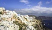 удивительная деревня ойя в острове санторини, греция — Стоковое фото