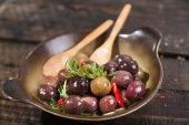 Olives in brine — Stockfoto