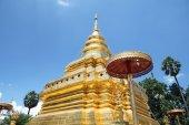 Pagoda en cielo azul — Foto de Stock