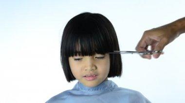 Girl haircut — Stock Video