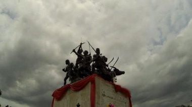 Bangrachan monument — Stock Video