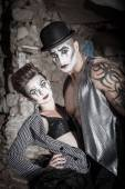 Dramatic Cirque Couple — Stock Photo
