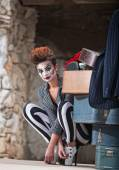 Grinning Clown Near Suitcases — Stock Photo