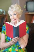 Uneasy Woman Reading — Stock Photo