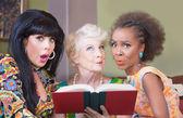 Women Reading a Romance Novel — Stock Photo