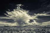 Dramatic Monsoon Clouds in Desert — Stock Photo